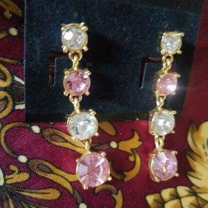 Jewelry - Vintage Costume Jewelry